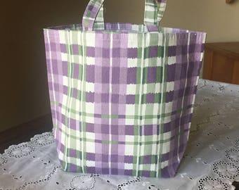 Handmade, Fabric Gift Bag, Small Tote, Loot (Party Favor) Bag or Prize/Toy Bag with Handles, Reusable: Purple and Green Plaid