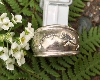 Vintage 10k White Gold Dome Band, Wide Band 10k Vintage Ring