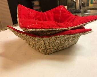 Red and Tan print Soup bowl cozy
