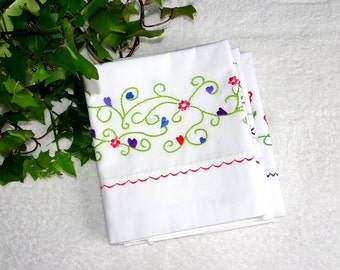 Pillowcase embroidery kit, Hearts