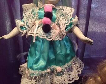 Ghostly Haunted Doll!