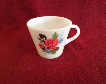 Pyrex JAJ Cottage Rose Tea Cup