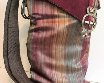 Crossbody Purse, Upcycled Bag, Crossbody Tote , Vegan Purse, Eco Friendly Bag, Small Fabric Purse, Crossbody Bag, Hobo Bag, Handmade Bag
