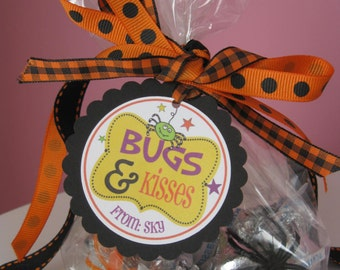 BUGS & KISSES - Adorable personalized Halloween tags - set of 12