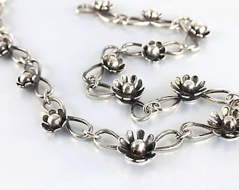 Daisy Necklace, Sterling Flower Choker Necklace, vintage Nordic style jewelry