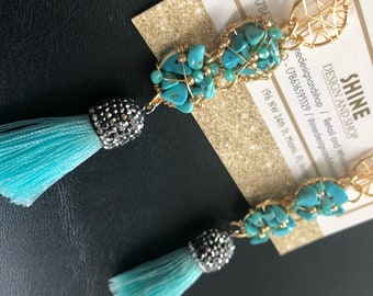 Turquoise natural stone wire earring