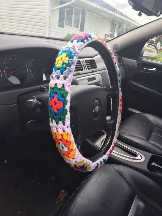 how to get a steering wheel cover off