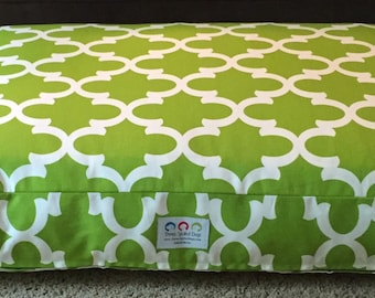 Harrison Dog Bed * Charlotte Quatrefoil Collection * Apple Green * Custom Embroider Pets Name * Large * Personalize * Pillow Cover * TSD