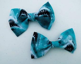Geek Bow- Jaws, Geeky Hair Bow, Geeky Bow Tie, Retro Hair Bow, Shark Accessories, Shark Bow, Retro Bow Tie, Geeky Accessories, Shark