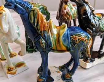 Chinese Horse Firgurines - 5 Pieces - Free Shipping!