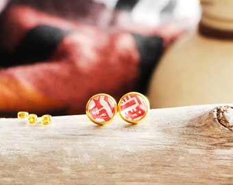 Stud earrings hieroglyphics, red, gold base 10 mm, inspiration ancient egypt, Women