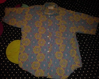 Impact men's vintage button-down hundred percent cotton large excellent condition this is a fire print sustainable fashion