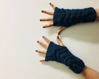 Fingerless Cable Gloves