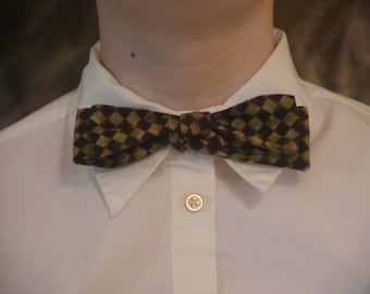 Green and Black checkered Self-Tie Bowtie