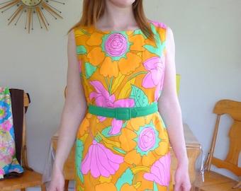 Beautiful Vintage Floral Shift Dress Tangerine Dreams Mad Men / 60's Shift Dress Mad Men Style