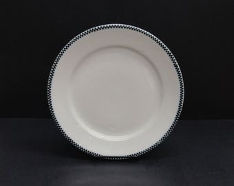 Vintage Carr China Stearnes Co White & Black Checker Diner Plate (E594)