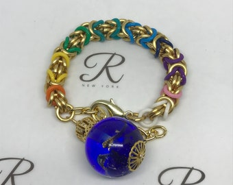 Golden chainmaille Byzantine Bracelet with a charm (0374)