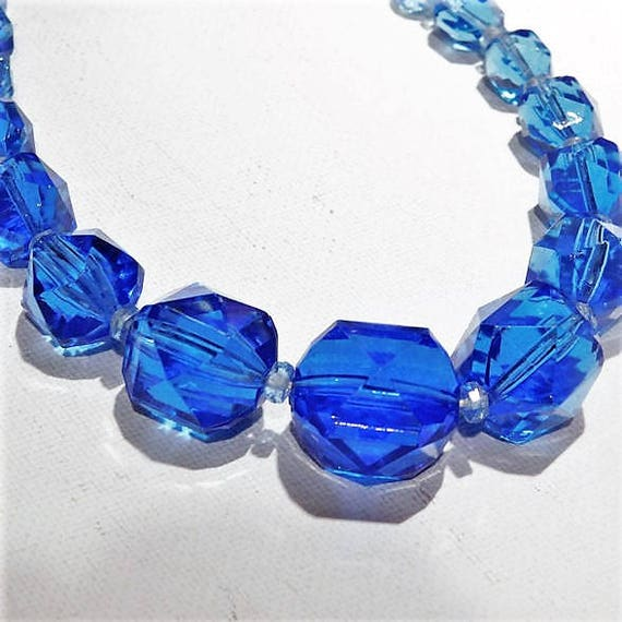 Art Deco Sapphire Blue Faceted Glass Necklace