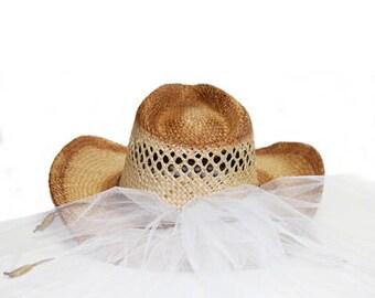 Bride Cowboy Hat Country Western Bride Hat with Veil - Straw Bride Hat, Country Wedding Hat