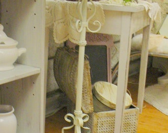 Chippy Vintage Wrought Iron Stand  White Ornate Decorative Shabby Chic