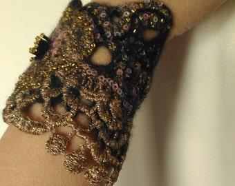 Jewelry bracelet Felted cuffs Lace cuff Felted bracelet Black bracelet Wrist cuff Gift for women