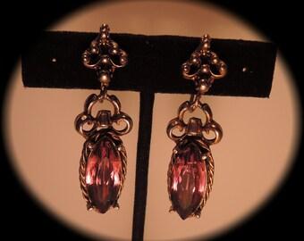 Gorgeous Purple Rhinestone Dangle Screwback Earrings c1950