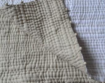 Pick Stitch Quilt Blanket, Cotton Quilt, Cotton Coverlet, Double Full, Pom Pom Bedspread, Cozy Bedding, Dorm Quilt, Dorm Bedding