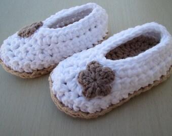 Pantofole all'uncinetto per la neonata ballerine bianco regalo fatto a mano alta qualità cotone neonato battesimo boho