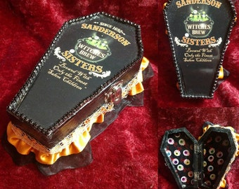 """SANDERSON SISTER'S """"Witches Brew"""" Hocus Pocus Coffin Jewelry Box"""
