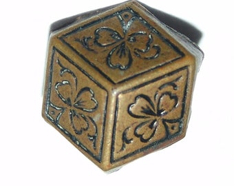 "Antique Brass Optical Illusion Cube Button ~ 1/2""~ Incised Clovers ~ Beautiful Patina ~ Very Nice!"