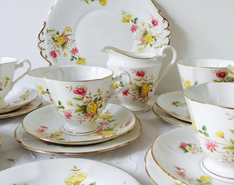 Roslyn China Pink & Yellow Tea Set, 19 Pieces, Staffordshire, 1950s.
