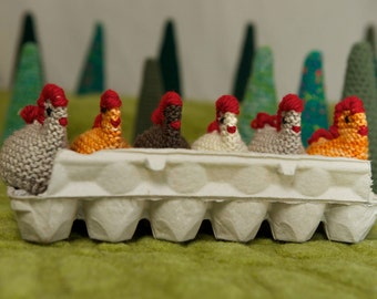 Hen and egg set  knit hen wood egg chickens