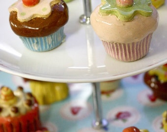 Beautiful Original Cupcake Paperweight
