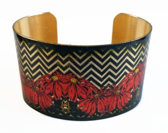 Poinsettia Chevron Christmas holiday brass cuff bracelet Free Shipping to USA Gifts for her