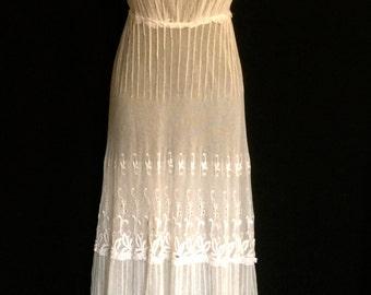Rare Edwardian Tambour Lace Dress         VG172