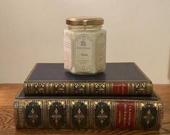 Nautilius: Ocean Breeze & Seaweed - Literature Lover Natural Scented Soy Candle - 20,000 Leagues Under the Sea - Jules Verne