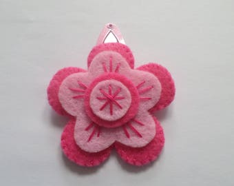 """Foly"" Flora Collection felt hair clip"