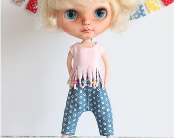Outfit for Blythe. blue trousers, dress/clothes