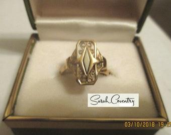 ANTIQUE Sarah Coventry Vintage Jewelry -Regina Ring  #5858