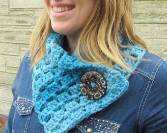 Handmade Cowl with large wooden button