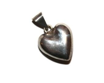 Vintage Sterling 3d Heart Pendant