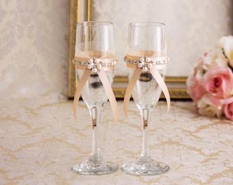 Rose Gold Champagne Wedding Flutes, Engraved Wedding Glasses, Rose Gold Toasting Flutes, Rose Gold Champagne Glasses, Personalized Flutes