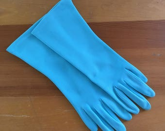 Vintage Fownes Embraceable Turquoise Wrist Gloves, Never worn, Size Small