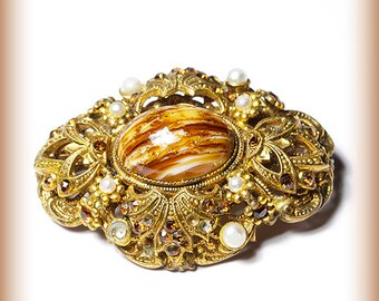 Brooch Made During 1920-30 Sparkling With Cut Glass Bits And Pearls