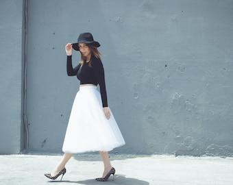 Tulle skirt, midi skirt, wedding skirt, bridal skirt, bridesmaid skirt, women's tulle skirt, white skirt, black skirt, midi length skirt.