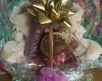 Custom Vanilla Snowflake Fragrance Gift Basket (Small)