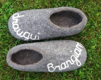men's house shoes - felted slippers - gray white wool felted slippers. handmade slippers. original, personal gift with words.