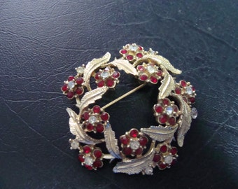 Coro Rhinestone Floral and Leaf Brooch 40s