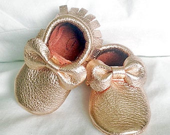 Metallic rose gold leather bow baby moccasin toddler infant mocs soft-soled moccs shoe handmade
