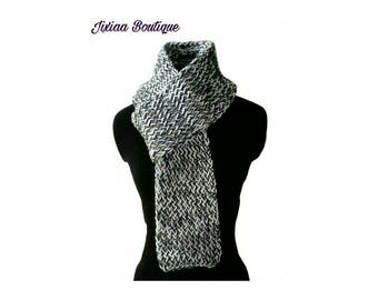 Grey charcoal and white scarf